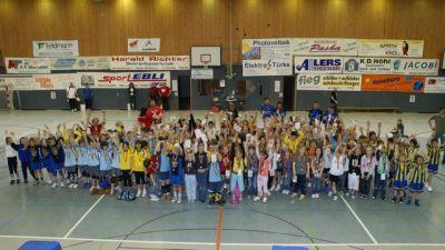 http://www.hbz-da.de/galerie/albums/ftp/Jugendmannschaften/20092010/Minis/20100417_Griesheim/normal_DSC06106.jpg