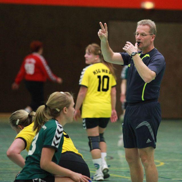 Handballgalerie Unsere Schiedsrichter Claus Schmenger