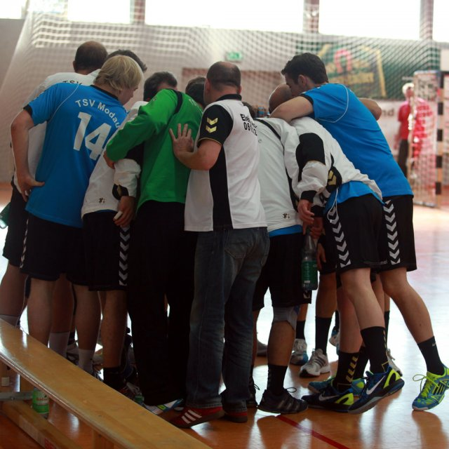 http://www.hbz-da.de/galerie/albums/ftp/Spield_der_Woche/Saison20112012/Maenner/20111016_TSVModau_MSGRuesselsheimBauschheim/normal__IMG_6913.jpg