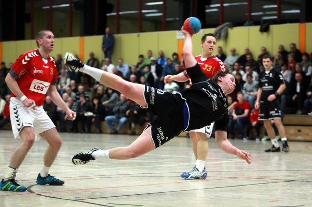 http://www.hbz-da.de/galerie/albums/ftp/Spield_der_Woche/Saison20112012/Maenner/20120122_TSVPfungstadt_SKGRossdorf/normal__IMG_3290.jpg