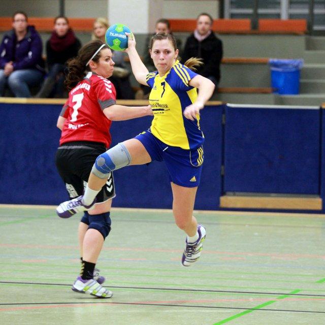 http://www.hbz-da.de/galerie/albums/ftp/Spield_der_Woche/Saison20122013/Frauen/20121208_FSGBiblisGernsheim_TvggLorsch/normal__IMG_2336.jpg