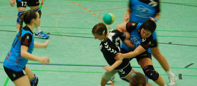 http://www.hbz-da.de/galerie/albums/ftp/Spield_der_Woche/Saison20122013/Frauen/20130414_HSGWBW_TuSGriesheim/normal_bDSC_0921.jpg