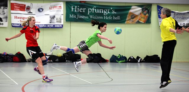 http://www.hbz-da.de/galerie/albums/ftp/Spield_der_Woche/Saison20142015/Frauen/20141123_SKGRossdorf_TuSZwingenbergII/normal__IMG_7661.jpg